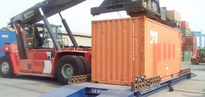 jembatan timbang portable pelabuhan solas vgm kontainer kapal laut